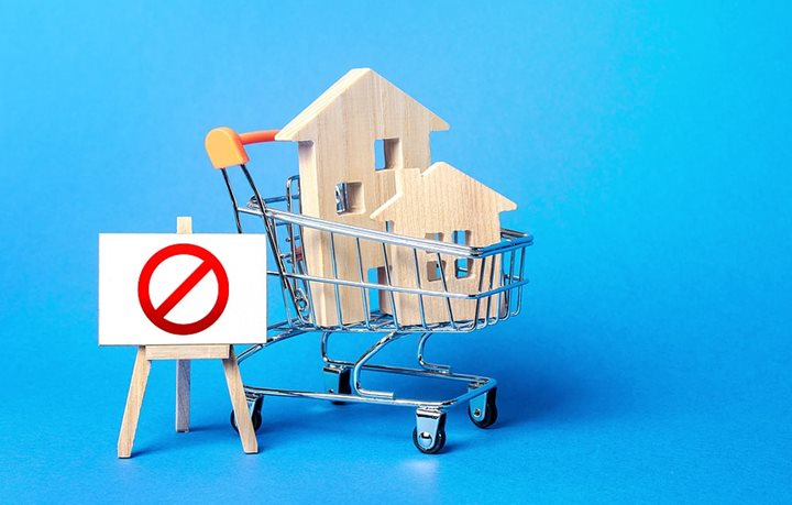 5 things you shouldn't do if you're buying a home soon